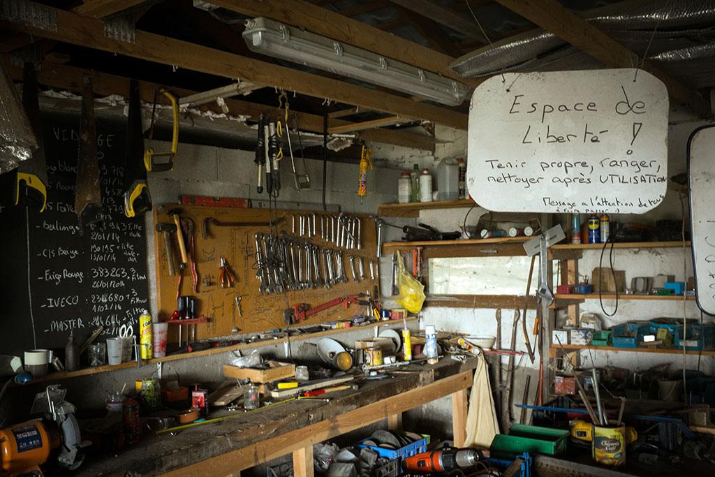 Outils et atelier en libre-accès.