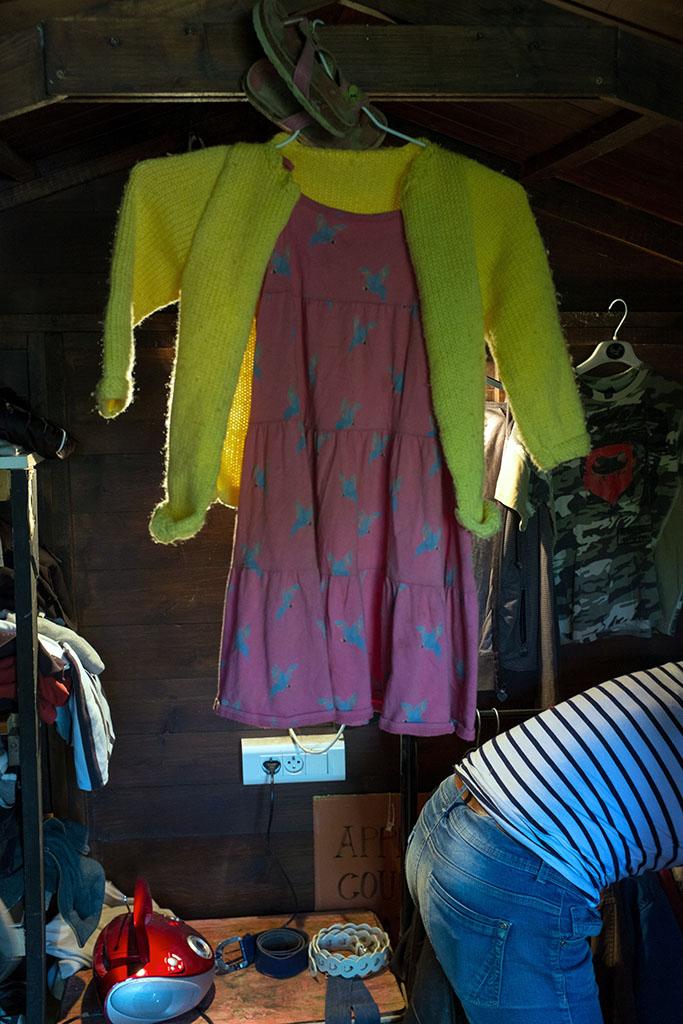 Bourse aux vêtements organisée par les campeurs.