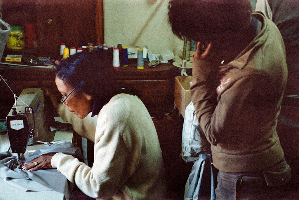 Outre les cours, GDM propose des formations de couture, de coiffure, de cuisine pour apprendre un métier aux jeunes filles.